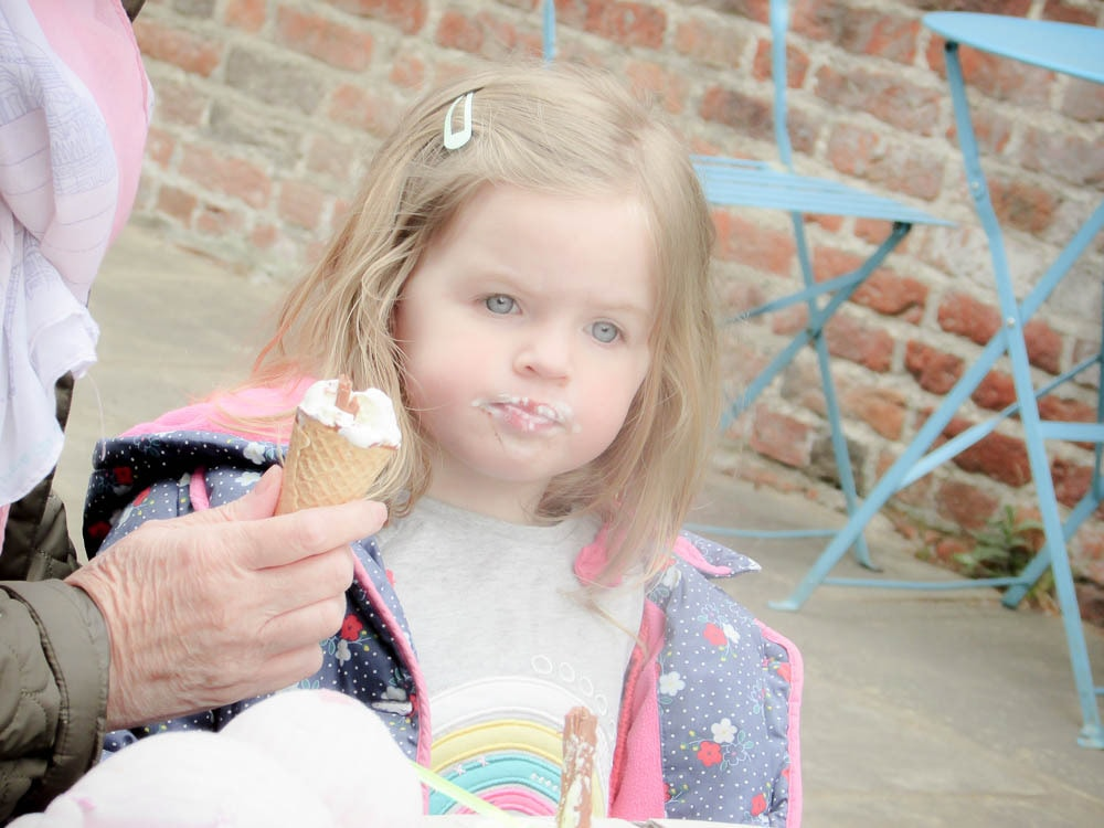 Forty Hall - Eating Ice Cream